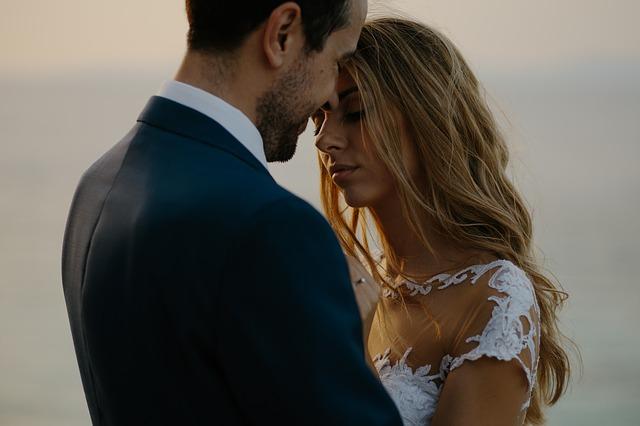 bride-2402564_640.jpg